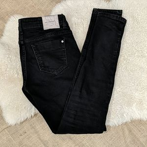 Zara Black Basic Denim Skinny Jeans
